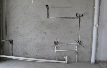首页 装修知识 水电改造   二,水电路改造分不开槽,开槽两个价格,也有