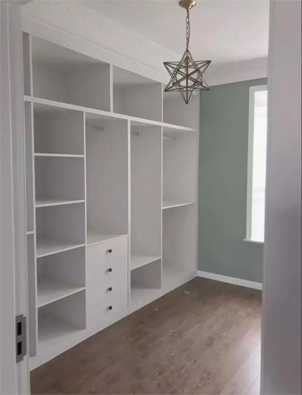 衣柜内部这样设计,你家还能多放200件衣服!图片