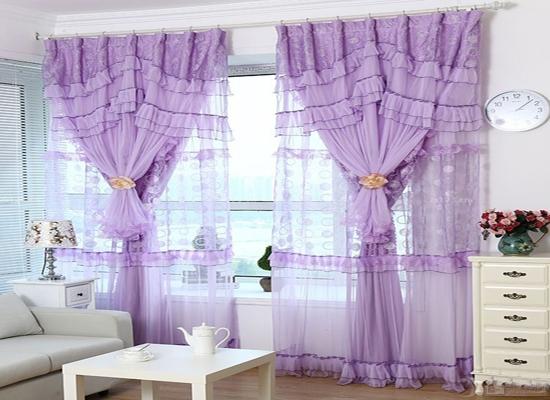 首页 家居生活 装饰搭配   紫色窗帘搭配什麼颜色沙发?